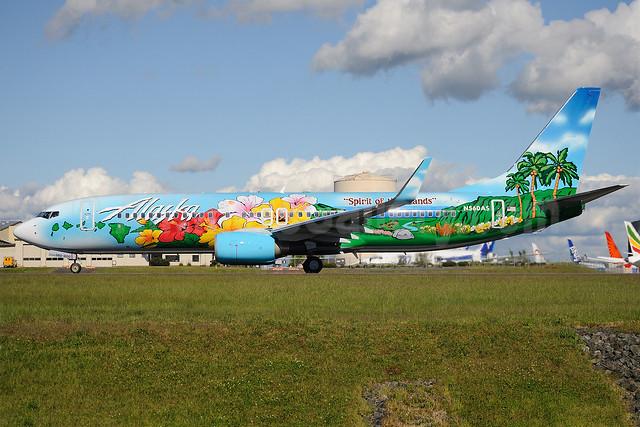"Alaska Airlines Boeing 737-890 WL N560AS (msn 35179) ""Spirit of the Islands"" PAE (Royal S. King). Image: 912395."