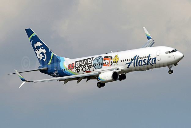 "Alaska's 2018 ""Sub Pop Records"" special livery"