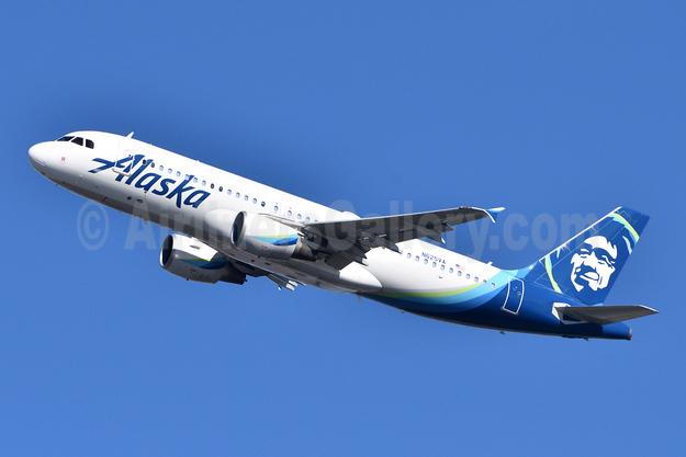 Alaska Airlines Airbus A320-214 N625VA (msn 2800) JFK (Fred Freketic). Image: 945916.