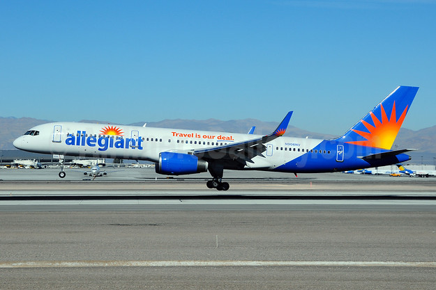 Allegiant Air Boeing 757-204 WL N906NV (msn 27236) LAS (Ton Jochems). Image: 910509.