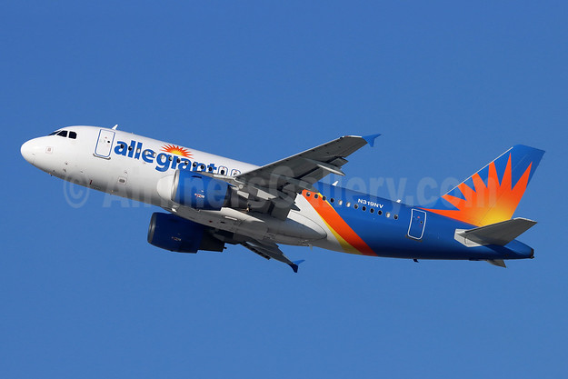 Allegiant Air Airbus A319-111 N319NV (msn 2503) LAX (Michael B. Ing). Image: 948907.