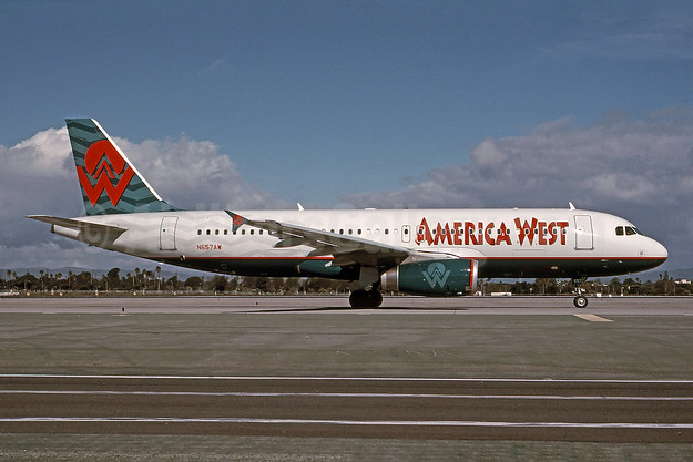 America West Airlines Airbus A320-232 N657AW (msn 1083) LAX (Bruce Drum). Image: 101107.
