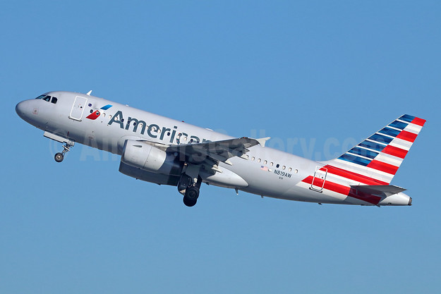 American Airlines Airbus A319-132 N819AW (msn 1395) LAX (Michael B. Ing). Image: 942834.