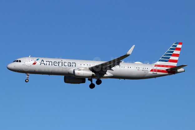 American Airlines Airbus A321-231 WL N934AA (msn 7500) LAX (Michael B. Ing). Image: 945009.