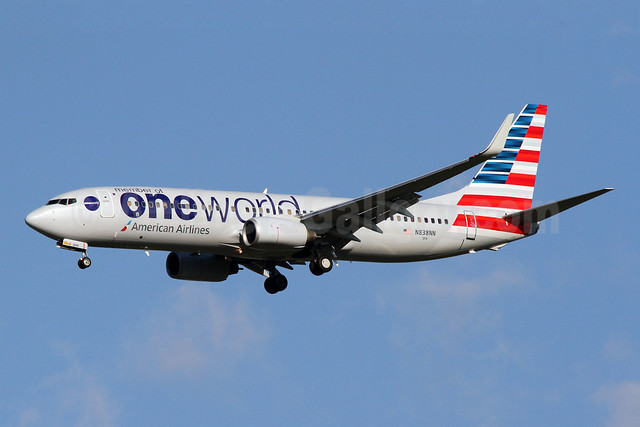 American Boeing 737-800 in the new Oneworld livery