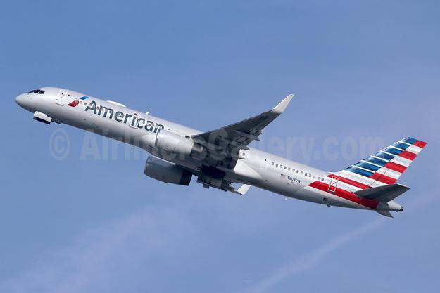 American Airlines Boeing 757-23N WL N204UW (msn 30886) LAX (Michael B. Ing). Image: 946641.