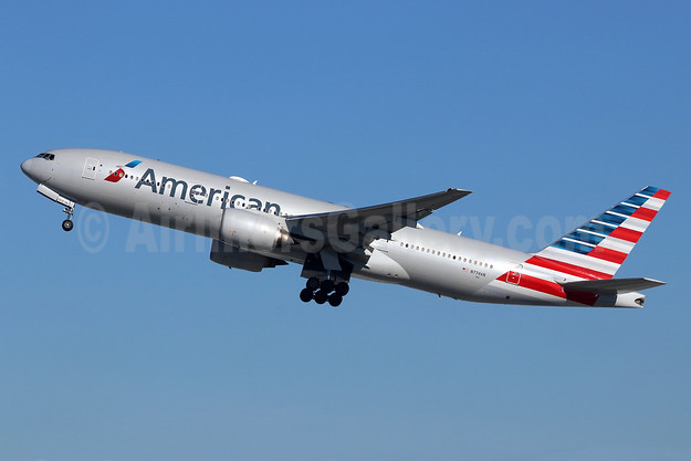 American Airlines Boeing 777-223 ER N774AN (msn 29581) LAX (Michael B. Ing). Image: 947034.