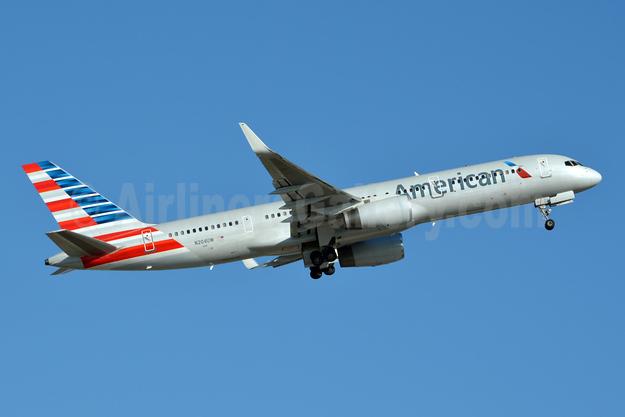 American Airlines Boeing 757-23N WL N204UW (msn 30886) CLT (Jay Selman). Image: 403967.