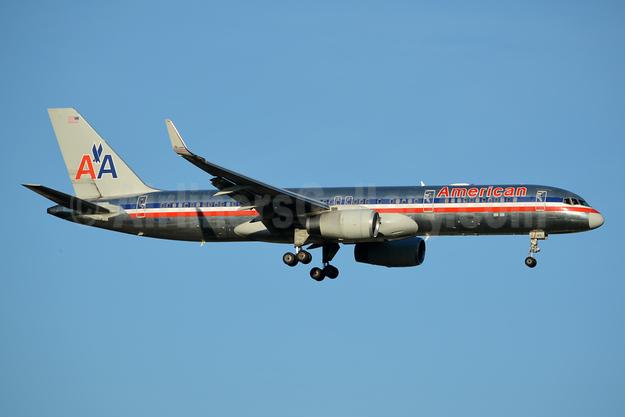 American Airlines Boeing 757-223 WL N191AN (msn 32385) JFK (Jay Selman). Image: 402421.
