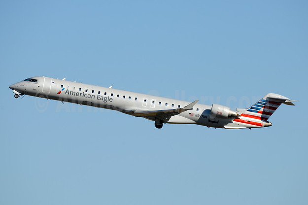 American Eagle (2nd)-PSA Airlines (2nd) Bombardier CRJ900 (CL-600-2D24) N557NN (msn 15340) CLT (Jay Selman). Image: 403781.