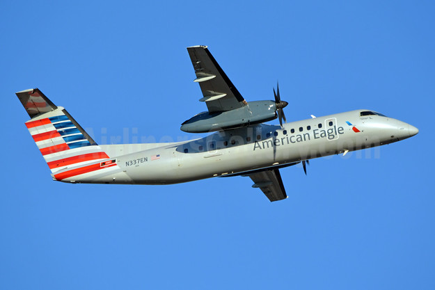 American Eagle (2nd)-Piedmont Airlines (2nd) Bombardier DHC-8-311 Dash 8 (Q300) N337EN (msn 284) CLT (Jay Selman). Image: 403770.