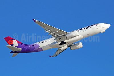 Hawaiian Airlines Airbus A330-243 N392HA (msn 1404) LAX (Michael B. Ing). Image: 929071.