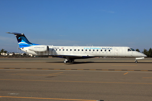 California Pacific Airlines Embraer ERJ 145ER (EMB-145ER) N286SK (msn 145443) CLD (James Helbock). Image: 945577.