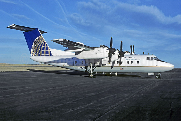 Continental Express-Rocky Mountain Airways de Havilland Canada DHC-7-102 Dash 7 N28RN (msn 6) FTG (Christian Volpati Collection). Image: 955161.