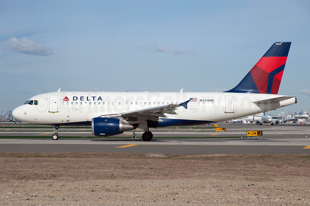 Delta Air Lines Airbus A319-114 N344NB (msn 1766) JFK (Fred Freketic). Image: 935516.