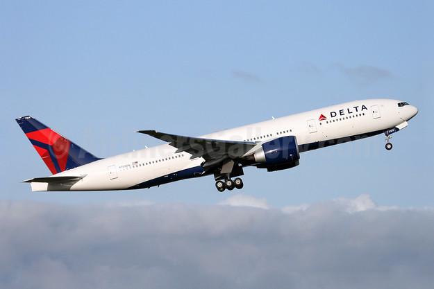 Delta Air Lines Boeing 777-232 LR N709DN (msn 40559) PAE (Nick Dean). Image: 904715.