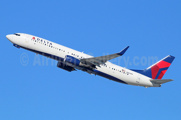 Delta Air Lines Boeing 737-932 ER WL N812DN (msn 31923) LAX (Michael B. Ing). Image: 943933.