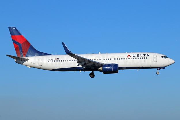 Delta Air Lines Boeing 737-832 WL N3768 (msn 29630) ANC (Michael B. Ing). Image: 925903.