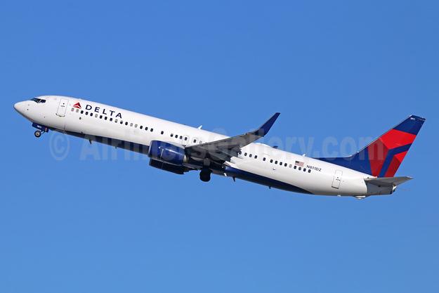 Delta Air Lines Boeing 737-932 ER WL N811DZ (msn 31916) LAX (Michael B. Ing). Image: 943986.