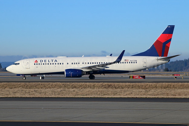Delta Air Lines Boeing 737-832 WL N3738B (msn 30382) SEA (Michael B. Ing). Image: 943005.