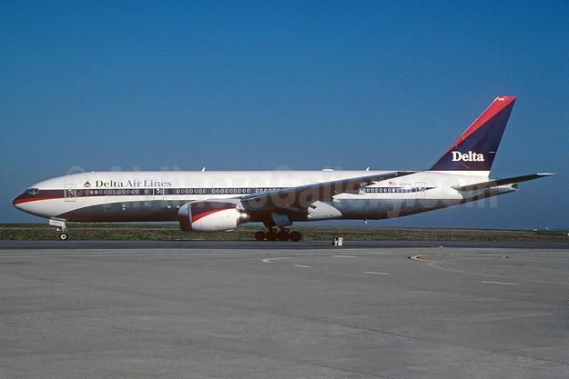 Delta Air Lines Boeing 777-232 ER N865DA (msn 29737) CDG (Christian Volpati). Image: 912042.