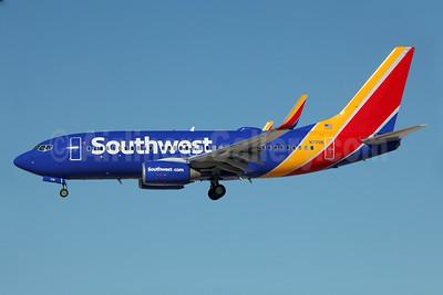 Southwest Airlines Boeing 737-76N WL N7711N (msn 32657) LAS (Greenwing). Image: 929140.