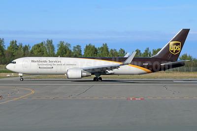 UPS Airlines (UPS-Worldwide Services) Boeing 767-34AF ER WL N326UP (msn 27752) ANC (Michael B. Ing). Image: 928764.