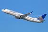 United Airlines Boeing 737-824 SSWL N77296 (msn 34002) (Split Scimitar Winglets) LAX (Michael B. Ing). Image: 927534.
