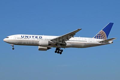 United Airlines Boeing 777-222 ER N796UA (msn 26931)  LAX (Michael B. Ing). Image: 911679.