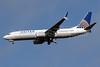 United Airlines Boeing 737-824 SSWL N77295 (msn 34001) IAD (Brian McDonough). Image: 925918.