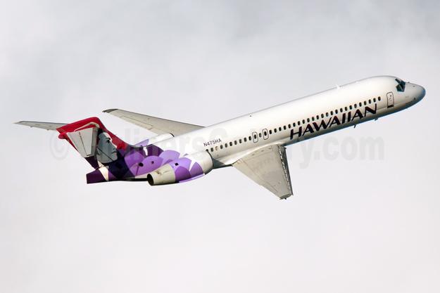 Hawaiian Airlines Boeing 717-22A N475HA (msn 55121) HNL (Elway Kibota). Image: 931697.