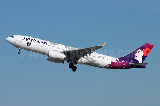 Hawaiian Airlines Airbus A330-243 N380HA (msn 1104) (Las Vegas Raiders) LAX (Michael B. Ing). Image: 955645.