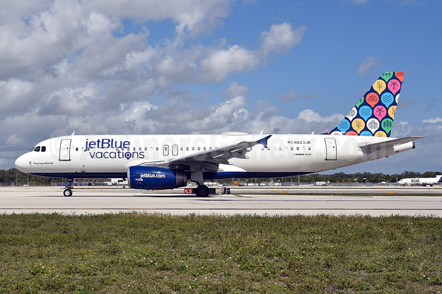 JetBlue Airways Airbus A320-232 N623JB (msn 2504) (jetBlue Vacations) FLL (Bruce Drum). Image: 104920.