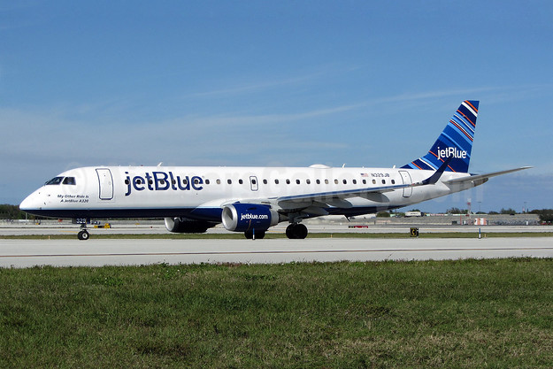 JetBlue Airways Embraer ERJ 190-100 IGW N329JB (msn 19000433) (Barcode) FLL (Brian McDonough). Image: 908032.