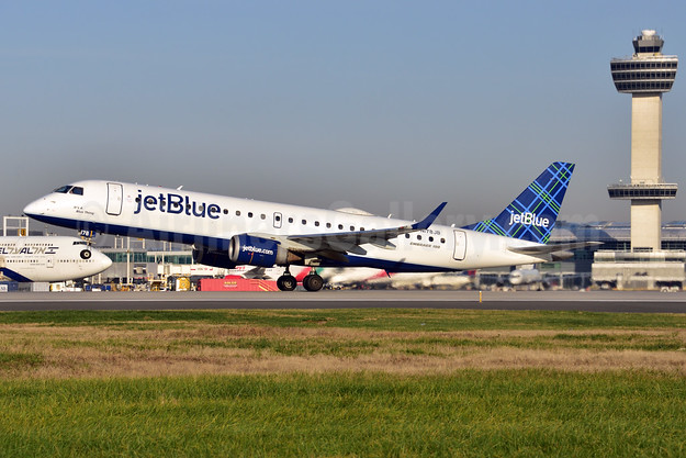 JetBlue Airways Embraer ERJ 190-100 IGW N178JB (msn 19000004) (Tartan) JFK (Fred Freketic). Image: 944367.