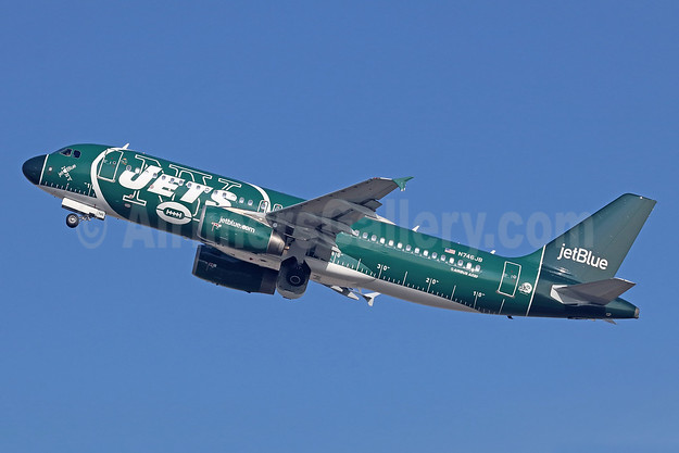 JetBlue's 2017 version of the New York Jets logo jet