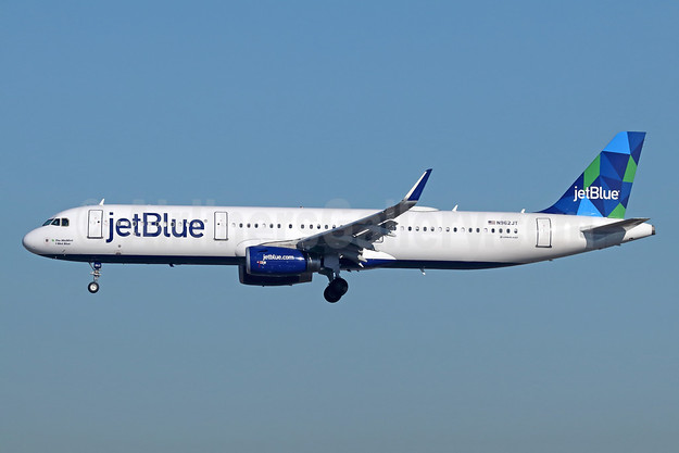 JetBlue Airways Airbus A321-231 WL N962JT (msn 6988) LAX (Michael B. Ing). Image: 943531.