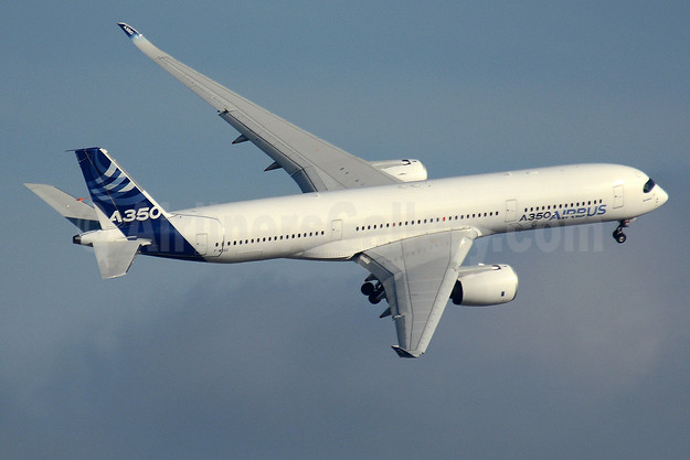 Airbus A350-941 F-WZGG (msn 003) TLS (Paul Bannwarth). Image: 942662.