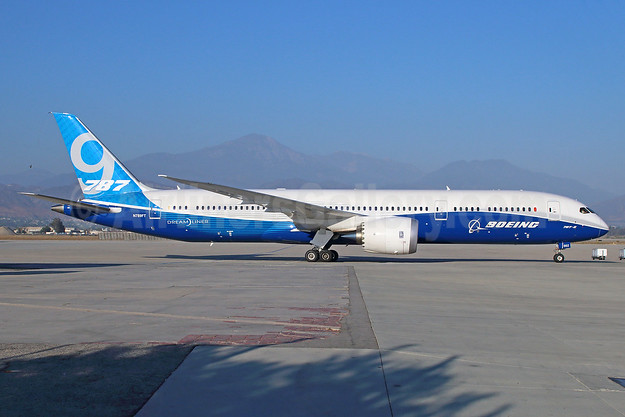 Boeing 787-9 Dreamliner N789FT (msn 41989) SBD (Michael B. Ing). Image: 923282.