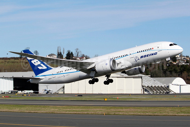 Boeing 787-8 Dreamliner N787FT (msn 40694) BFI (Joe G. Walker). Image: 941660.