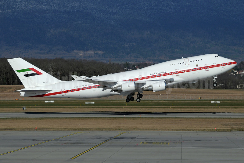 United Arab Emirates (Abu Dhabi Amiri Flight) Boeing 747-4F6 A6-YAS (msn 28961) GVA (Paul Denton). Image: 922424.